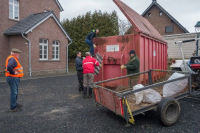HkV Müllsammelaktion 2015-03-21 03-stz