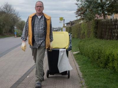 HKV-Müllsammelaktion 2017-04-01 stz-09